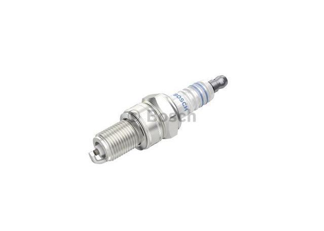 Bosch Spark Plug WR8DC Sparesbox - Image 1